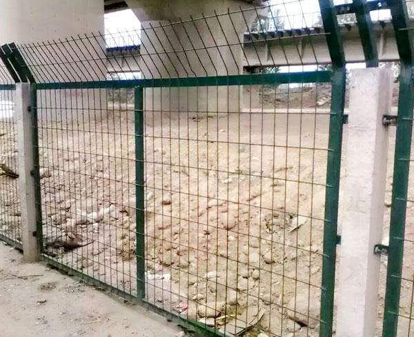路基金属网片防护栅栏
